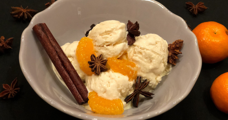 Ванилов сладолед с мариновани мандарини